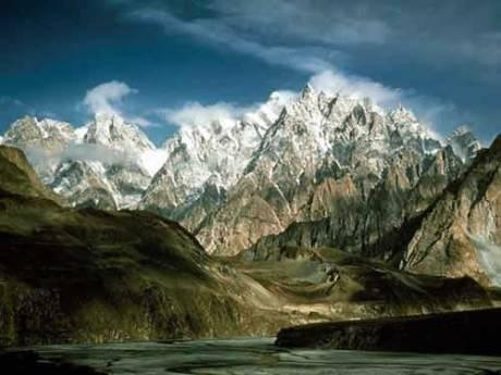 Himalaia, terra dos Superiores Desconhecidos